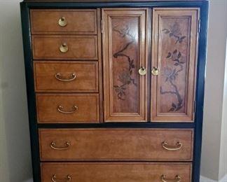 Vintage 1970s Bassett Chinoiserie  Queen 5-pc Bedroom Set: Dresser