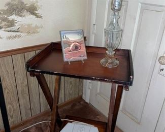 Vintage Tray Table & Glass Lamp!