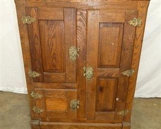 3 DOOR OAK ICE BOX
