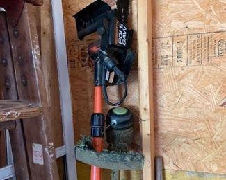 Battery powered limb saw.