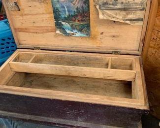 Great vintage tool box.