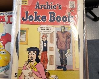Vintage Archie's Joke Book in very good condition