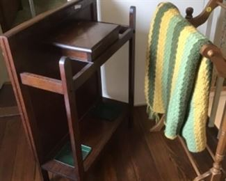 Umbrella stand Stickley style and towel rack