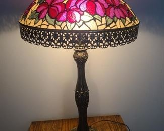 Lovely Lamp https://ctbids.com/#!/description/share/1023370