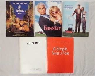 1006LOT OF FIVE MOVIE PRESS KITS OF FILMS STARRING STEVE MARTIN. LOT INCLUDES; MY BLUE HEAVEN, ALL OF ME, HOUSE SITTER, THE OUT OF TOWNERS, & A SIMPLE TWIST OF FATE. KITS CONTAIN STILLS FROM THE FILMS PRODUCTION INFO, ETC.