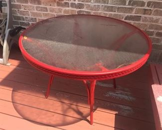 Glass Top Table / Round $ 36.00