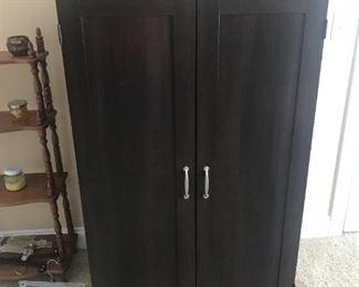 Cabinet $ 138.00