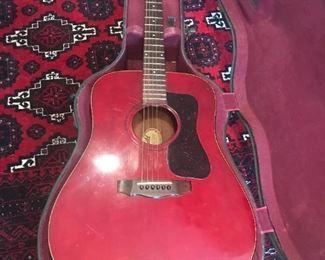 Guild D25 C Guitar / Case $ 580.00
