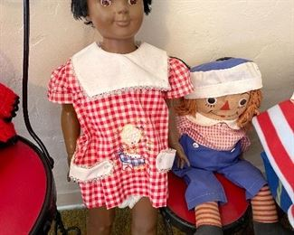 Uneeda Doll Co. doll and Raggedy Andy