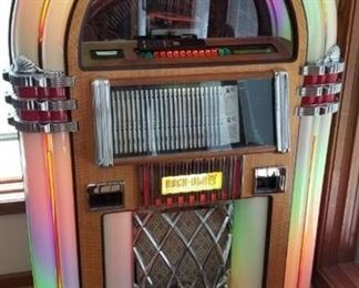 Rock-Ola CD Bubbler Jukebox (works and sounds great)