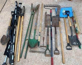 Shovels, rakes & hoes