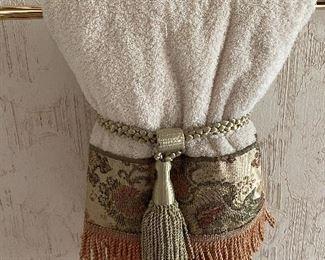 Fancy fringe hand towel
