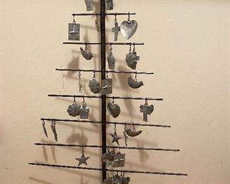 Metal ornamental hanging tree