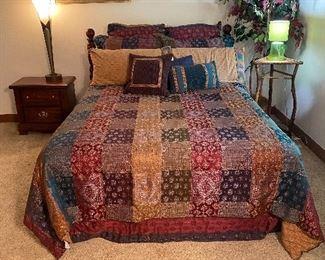 Queen size bed & comforter set including matching sheet set
