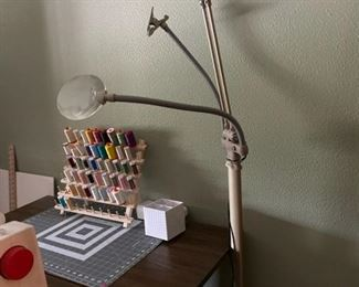 Ottlite - Ultimate 3 in 1 craft lamp