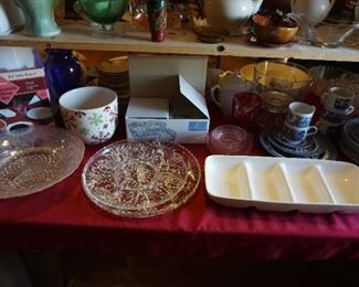 trays, platters, serving pieces