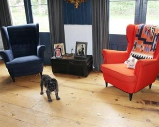 Fab wing chairs. Dogs not included!! :)