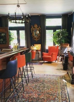 Bar stools, Rococo mirror