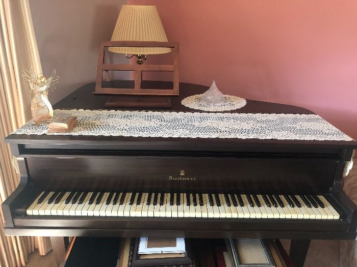Drachmann Baby Grand Piano from the turn of the century!