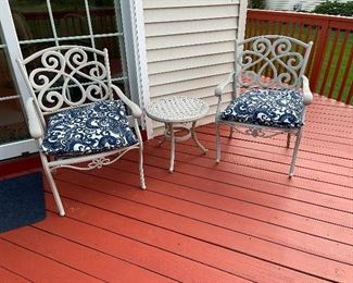 Absolutely Gorgeous Aluminum Outdoor Patio Set Consisting Of Two Chairs & An Occasional Table