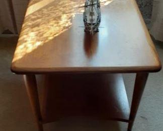 Lane Mid-Century End Table