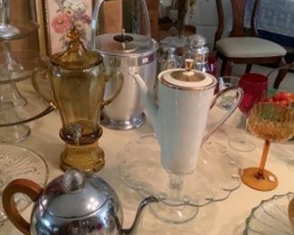 Vintage entertainment wares