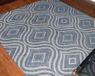 Contemporary rug  Pier One  79 x 114