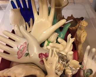 hand figurines