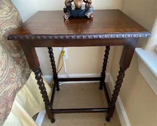 Antique Oak Lamp Table With Barley Twist Legs.