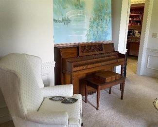 Formal living room room