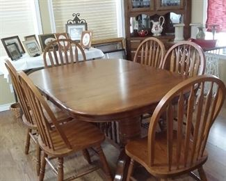 """Dining table (60""""x42"""") with 2 leaves each 18"""""""