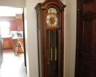 beautiful grandfather clock  three different chimes