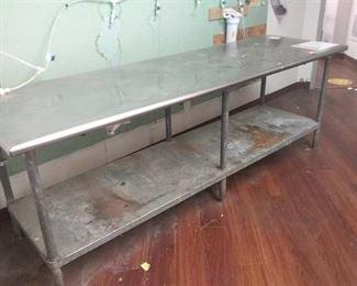 Aluminum metal table