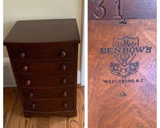 Small Benbow Chest