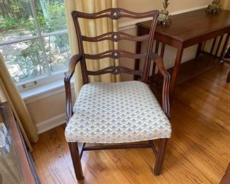 8 English mahogany dining chairs 2 arm chairs, 6 side chairs