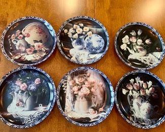"""Heirloom Memories"" collectible plates"