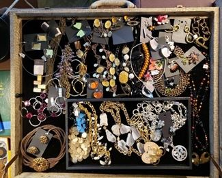 Eclectic costume jewelry, artisan pieces and Brighton, 75% off all weekend!