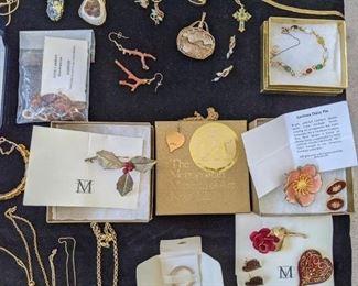 Metropolitan Museum of Art jewelry