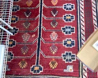 Pomegranate pattern Gabbeh (maybe) tribal piece 60-70 year sold
