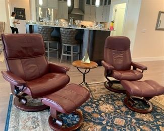 BEAUTIFUL! Stressless Ekornes Leather Chairs & Ottomans