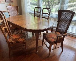 """Dining table (73"""" x 43"""" 29.5"""") and 6 chairs - set $650"""