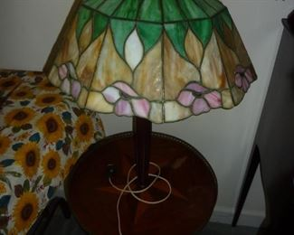 Tiffany style built in lamp/ table.