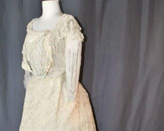 BALL GOWN TAMBOUR LACE, LABEL JOHNSON, 1890s
