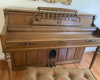 Wurlitzer Ultra Console piano