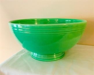 Fiesta Footed Salad Bowl in Green
