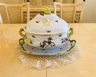Large Herend bird covered tureen with under plate tray platter