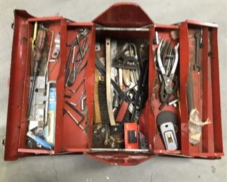 Vintage Carpenters Tool Box, includes all tools. Excellent condition. 1960