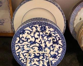"""Ralph Lauren """"Mandarin Blue"""" 8 Dinner Plates & 8 Salad Plates"""