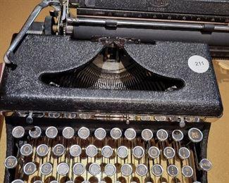 Antique Typewriter in excellent working condition