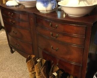 Dresser with mirror will be sold as part of bedroom set.   Men's boots are narrow width (size 10.5-11.5).
